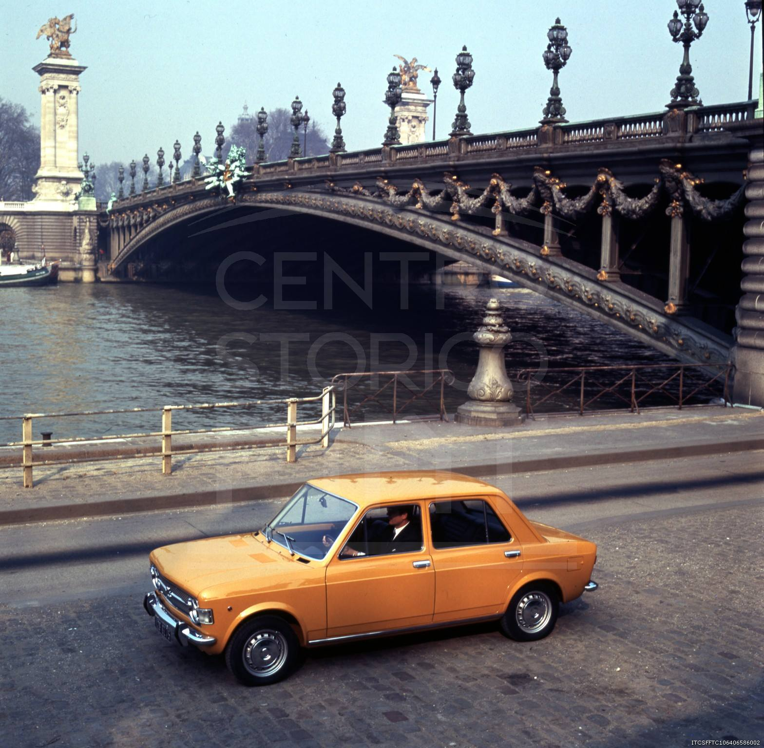 1969_Fiat128.Paris.jpg